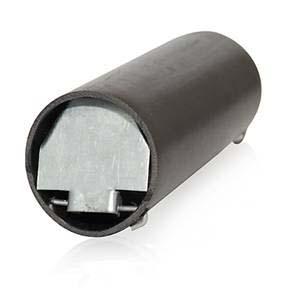 Кротоловка является куском трубы пластиковой, на конце которой располагаются 2 заслонки из стали оцинкованной.